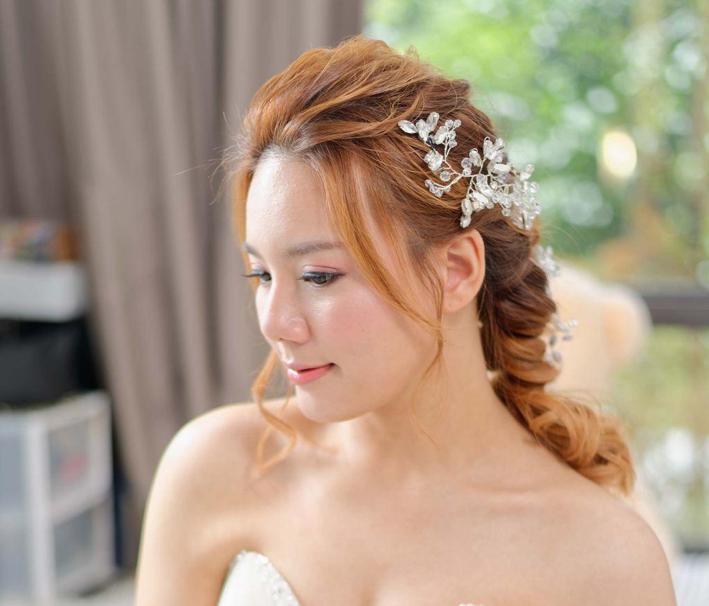 Bridal makeup actual day service